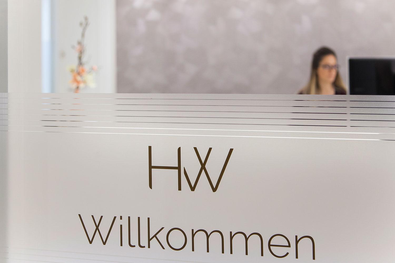 OUTIN | Guelie & Riehl | Innenarchitekt, Referenz Bilder: Dr. Annette Hornstein & Dr. Phillip Wallowy, Zahnärztin / Fachzahnarzt für Oralchirurgie, Pfullingen